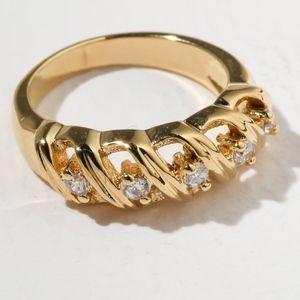 New Vanessa Mooney The Slay Ring Gold
